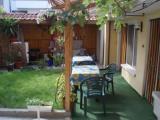 - TV, самостоятелен санитарен възел, тераса,обща кухня и уютен двор