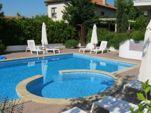 Почивка на море - Na more.info - Ваканционен апартамент в Бяла, близо до морския бряг и плажа